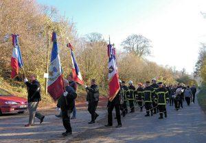 Porte drapeaux et pompiers
